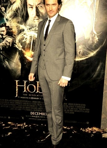 Richard Armitage sporting Hugo Boss Suit
