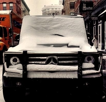 Mercedes G Class Covered In Snow
